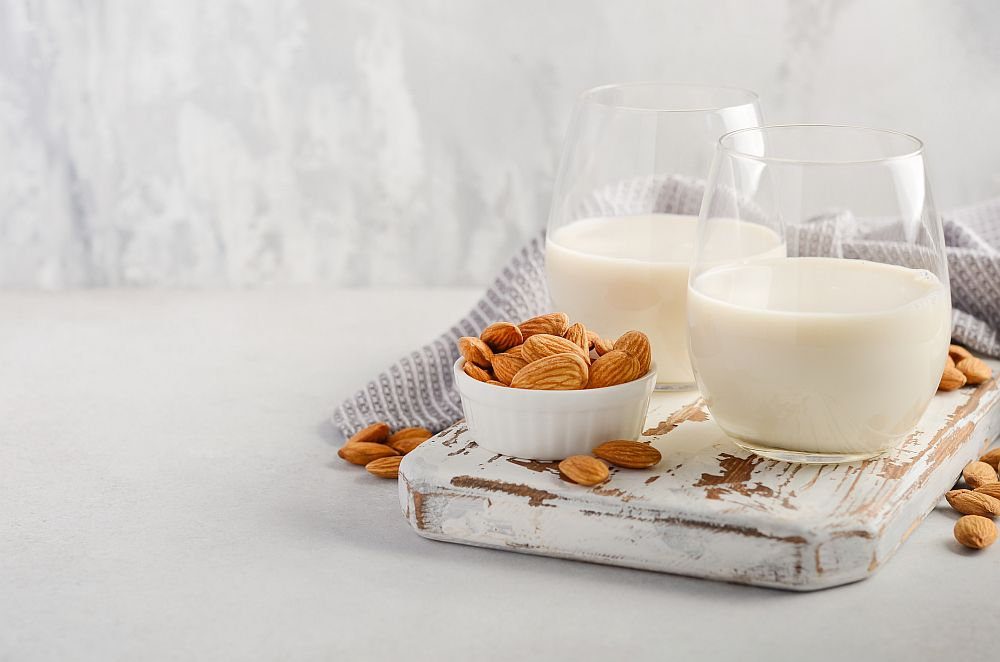 Almond milk and almonds for your coffee